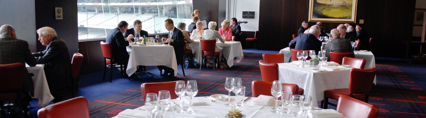 The Committee Room In MCC Members At MCG Does Lunch On Weekdays Excluding Public Holidays And Xmas So Lets Go A Friday